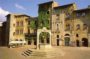 From www.aboutromania.com/tuscany28.html